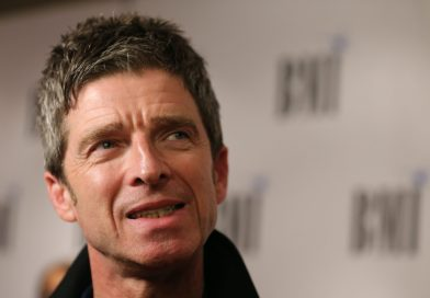 Noel Gallagher desmascarado